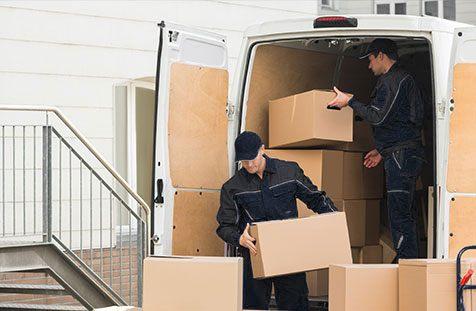 man-unload-package